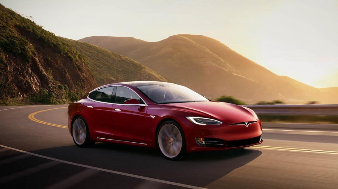 Tesla Model S, zdroj: Tesla