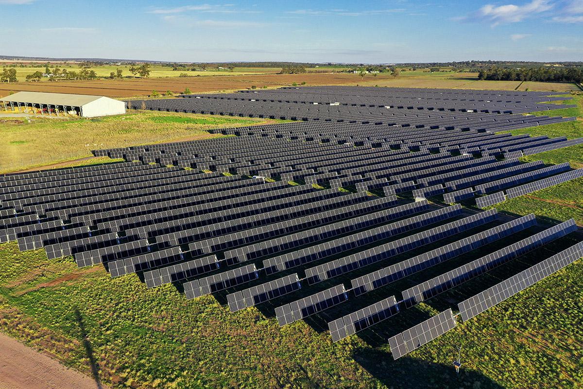 Fotovoltaické elektrárny Leeton a Fivebough v Austrálii, zdroj: Photon Energy